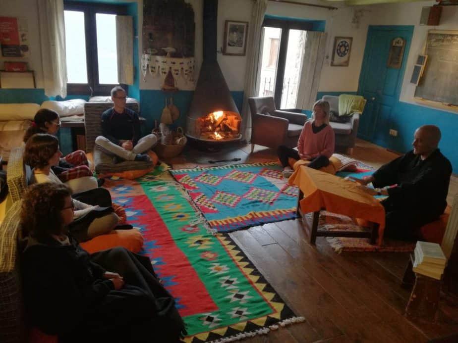 escuela de vivir retiro de meditación y creatividad en navidad y fin de año